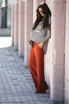 Love the flowy pants and the striped shirt - maternity fashion