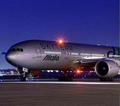 Night Flight - Alitalia
