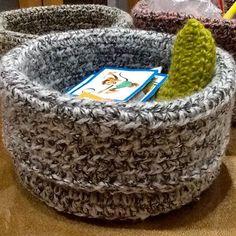 crochet basket... for little things #crochetbasket #handmade #homedecor háčkovaný košík na drobnosti zo zbytkov vlny #cestacroche ...made by me...