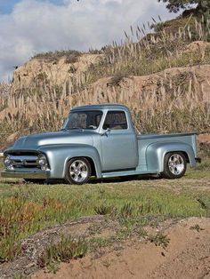 Chevy trucks aficionados are not just after the newer trucks built by Chevrolet. They are also into oldies but goodies trucks that have been magnificently preserved for long years. 1956 Ford Truck, Old Pickup Trucks, Lifted Ford Trucks, Rc Trucks, Pickup Camper, Jeep Pickup, Toyota Trucks, Classic Pickup Trucks, Ford Classic Cars