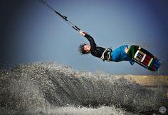 kite (Mike Blomvall)  kitesurfing, extreme