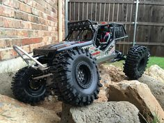 http://www.rccrawler.com/forum/axial-wraith/322905-wraith-picture-archive-no-talking-67.html