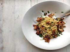 Spaghetti mit Pfifferlingen und Aioli: Leckeres Herbstrezept. Vegetarisch