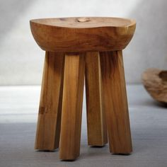 Hocker Lona Suar - Jan Kurtz Möbel #rustic #folksy #stool