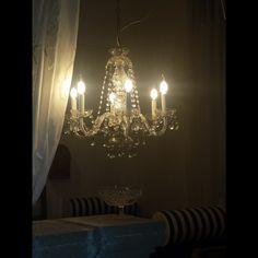 chandelier cristallo allestimento dicembre Boutique Gallipoli