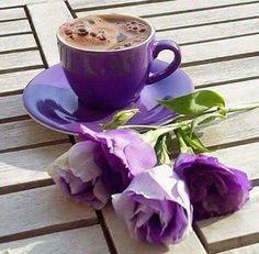 Café, buenos dias cafe и arte del café. I Love Coffee, My Coffee, Coffee Mugs, Brown Coffee, Good Morning Coffee, Coffee Break, Coffee Cafe, Coffee Shop, Pause Café
