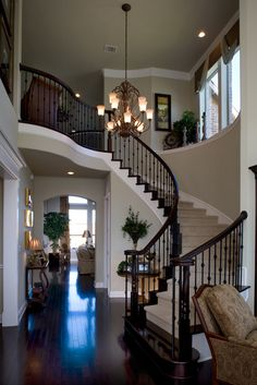 need to knock down that wall and open up the banister. would competely change the feel of our home! Dream Home Design, My Dream Home, Home Interior Design, House Design, Kitchen Interior, Living Haus, Living Room, Villa Plan, Design Case
