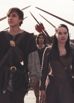 William Mosely as Peter, Anna Popplewell as Susan Pevensie, and in the back you can see Ben Barnes as Caspian, my favorite character.