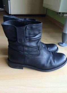 Kaufe meinen Artikel bei #Kleiderkreisel http://www.kleiderkreisel.de/damenschuhe/stiefel/124944584-schwarze-buffalo-stiefel