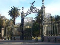 Portones del Parque- Parque Gral. San Martín- Mendoza- Argentina