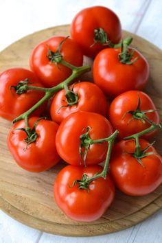Tomato Soup | Every Last Bite Vegan Tomato Soup, Cream Of Tomato Soup, Cashew Cream, Healthy Soup, Soups And Stews, Dairy Free, Vegetables, Chili, Gluten