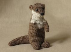 pdf crochet pattern, written in standard American crochet terms for Bubbly the otter. With this very easy pattern, you can make a funny and realistic looking crochet otter. Crochet Crafts, Crochet Toys, Crochet Baby, Crochet Projects, Knit Crochet, Ravelry Crochet, Craft Projects, Amigurumi Patterns, Crochet Patterns
