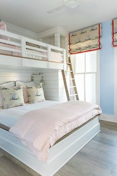 Space Saving Bunk Beds For Small Rooms You Need To Copy In 2019 bunk bed ideas, sharing bedroom ideas, shared bedrooms, space saving room ideas Bunk Beds With Stairs, Kids Bunk Beds, Loft Beds, Bed Rails, Coastal Bedrooms, Coastal Living Rooms, Shared Bedrooms, Girl Bedrooms, Guy Bedroom