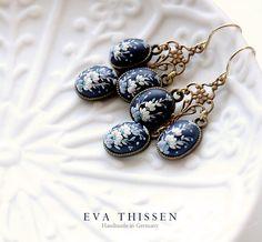 l'Heure+Bleue.+The+Blue+Hour.+Gorgeous+little+by+EvaThissen,+€50.00