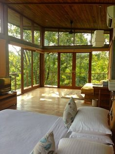 Holy cow, where is this and how do I make it my new home? I am obsessed with natural lighting and big windows- PLUS the beautiful hardwood, and AMAZING nature view. Geez! #RewildBeFree #TreeHouseGoals #barefootbliss #ancestrialhealth #naturetime #ancestralwisdom #exploreoutside