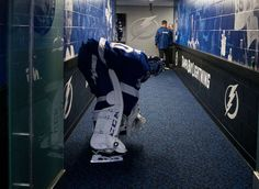 TAMPA, FL - JANUARY 12: Goalie Ben Bishop #30 of the Tampa Bay Lightning gets ready for the game against the Buffalo Sabres at Amalie Arena on January 12, 2017 in Tampa, Florida. (Photo by Scott Audette/NHLI via Getty Images)