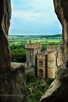 Medieval, Arundel Castle, England, established by Roger de Montgomery on Christmas Day 1067 photo via dujad