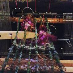Warp with super bulky yarn. Bringing texture into your warp! DIY heddles!!