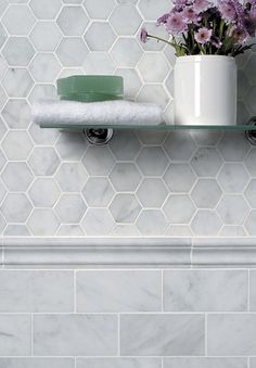 Love this look. It would work well with our new hexagon glass mosaic and any of our metro tiles/mouldings.