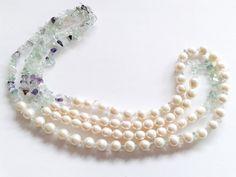 Guarda questo articolo nel mio negozio Etsy https://www.etsy.com/it/listing/217515328/collana-perle-di-fiume-bianche-collana