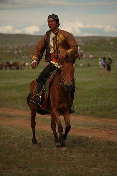 Carrera de caballos en Mongolia #Viajes #Travels #BucketList #CosasPorHacer   #photo