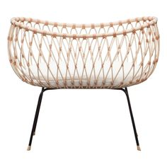 Emil Rattan Handmade Crib Bermbach Handcrafted Baby- A large selection of Design on Smallable, the Family Concept Store - More than 600 brands. Home Design, Baby Design, Design Ideas, Next To Me Crib, Bedside Crib, Moses Basket, Structure Metal, Cot Bedding, Large Furniture