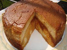 yo zic ca nu eram botezata si acum sint zice petruta dinu Romanian Food, Food Cakes, Something Sweet, Halle, Cornbread, Nutella, Cake Recipes, Caramel, French Toast