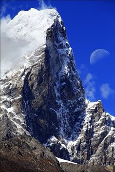 Mt. Everest, Kathmandu, Nepal...The ultimate adventure to only seen from afar!!!
