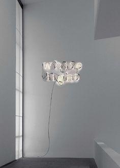 Lichtobjekte - KOMDO.CO – KURATIERTER ONLINESHOP FÜR MÖBEL UND DESIGN OBJEKTE