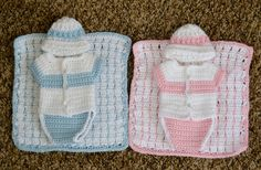 My friend got me started helping with this Angel Baby project. I& kind of addicted now.Angel baby diaper shirt, hat blanket pattern Links to many kinds and pattern ideasSince I started making the angel baby burial outfits I have had a number of peopl Crochet Preemie Hats, Newborn Crochet, Baby Blanket Crochet, Baby Doll Clothes, Crochet Baby Clothes, Baby Engel, Crochet Bebe, Baby Patterns, Blanket Patterns