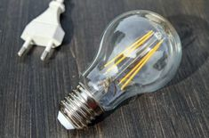 Converting your home from incandescent bulbs to LED or CFL means changing the way you shop for light bulbs. Learn how to convert from incandescent to LED Hydroponic Lights, Snap Circuits, Energy Industry, Energy Companies, Incandescent Bulbs, Hydroponics, Save Energy, Solar Panels, Light Bulb
