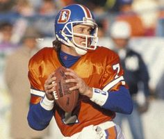 John Elway - always appears to really love the game of football Denver Broncos Football, Go Broncos, Broncos Fans, Football Baby, Broncos Memes, Football Memes, Nfl Football Players, American Football Players, John Elway
