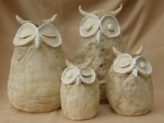 hhhuumm seeing owls from gourds & tops.Want to try these in paper clay Paper Mache Clay, Paper Mache Crafts, Owl Crafts, Clay Crafts, Ceramic Birds, Ceramic Animals, Clay Animals, Ceramic Pottery, Clay Owl