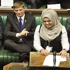 "Sumaiya Karim 16-year-old girl, a biology, chemistry, history and maths student, is thought to have become the first person to speak from the House of Commons despatch box in the British #parliament while wearing a #hijab. عضوة برلمان الشباب البريطانية سمية كريم (16 عاما) من أصل باكستاني ""أول شابة محجبة تلقي كلمة في البرلمان البريطاني"""