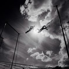 Great shot from the last Flying Trapeze Retreat in Melbourne #flyingtrapeze @dylanflying #circus #trapeze