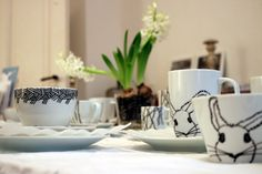 ulrikewathlingHandmadeart by Ulrike Wathling #kunst #handmade #geschirr #tea #coffeecup #café #cappuccino #breakfast #decor #unikat #ulrikewathling #schale #breakfast #lunch #dinner #eat #drink #draw #pencildrawing #artwork #art #musthave #ceramic #porzellan
