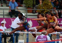 #CFathlé #Angers Au 100 m haires, Cindy Billaud fait coup double (à droite): elle s'adjuge le titre et décroche son billet pour les JO de #Rio2016, en compagnie de sa dauphine Sandra Gomis. (Photo: Matthieu Tourault/Ville d'Angers)