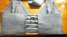 Crafting with Fifi: Bra / Halter Top From Left Over Jean Legs Recycle Old Clothes, Redo Clothes, T Shirt Reconstruction, Diy Bra, Bra Pattern, Denim Crafts, Halter Tops, Denim Top, Diy Shirt