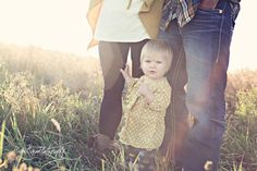 copyright MeganRenaePhotography  Family Pictures - outfit inspirations