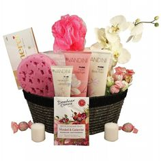 A beautiful pink spa gift basket includes delicious chocolates, great spa treats and much more . Spa Gifts, Geek Gifts, Gifts For Teens, Gifts For Her, Board Game Geek, Board Games, Hostess Gifts, Housewarming Gifts, Silent Auction Baskets