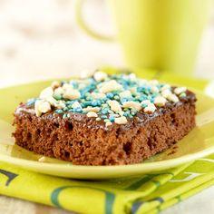 Mokkapalat on kahvipöydän kestosuosikki, joka maistuu kaiken ikäisille! Nopeasti valmistuva leivonnainen sopii hyvin pakastettavaksi ja on kätevä vierasvara.