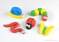 Easy to make fondant bugs with step by step photo instructions. Cute icing decorations for cakes & cupcakes - Caterpillar, Worm, Ladybug, Snail & Butterfly