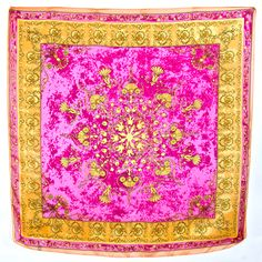 Carré de soie foulard rose fushia imprimé 85 X 85 cm #mesecharpes.com http://www.mesecharpes.com/carre-soie/grand-carre/carre-de-soie-foulard-rose-fushia-imprime-85-x-85-cm-ria.html