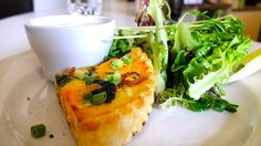 Fantastic Vancouver Restaurant: Acme Cafe   Gastown, Vancouver My Favorite Food, Favorite Recipes, Vancouver Restaurants, Seaweed Salad, British Columbia, Canada, Eat, Ethnic Recipes, Places