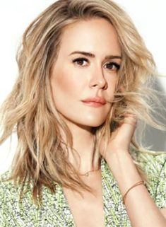 Sarah Paulson:  Best Performance by an Actress in a Limited Series or a Motion  -   Picture Made for Television: Sarah Paulson, 'The People v. O.J. Simpson: American Crime Story'