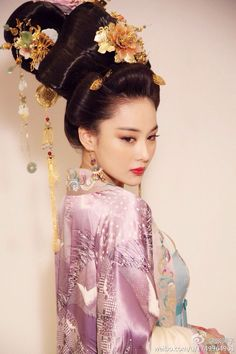 Fan Fan Bing as Tang Dynasty Empress Wu Zetian