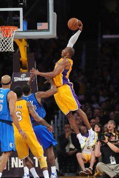 b84acea5b9e235 Los Angeles Lakers - Photos - April 02