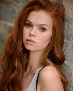 Erica Jenkins it does not get more gorgeous than this ! Natural Redhead, Beautiful Redhead, Beautiful Women, Shades Of Red Hair, Ginger Hair, Hair Pictures, Redheads, Hair Inspiration, Curls