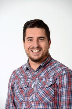[Team] Alessandro Luciani - Vorrebbe rilassarsi e diventare un batterista… e invece è Technical Support Specialist per Booking Expert! ☺ www.bookingexpert.it