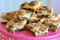 ..The Easiest Chocolate Chip Cheesecake Cookie Bars Ever!